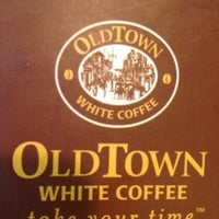 Photo taken at OldTown White Coffee by WeiShan on 3/3/2012