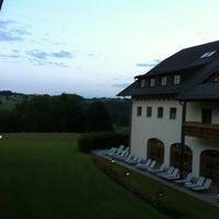 Das Foto wurde bei Sheraton Fuschlsee-Salzburg Hotel Jagdhof von Martin B. am 7/16/2012 aufgenommen