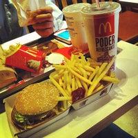 Foto tomada en McDonald's por Pedro A. el 9/9/2012