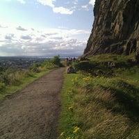 8/14/2012 tarihinde Yago G.ziyaretçi tarafından Holyrood Park'de çekilen fotoğraf