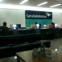 Photo taken at Garuda Indonesia Surabaya Office by Den F. on 3/22/2012