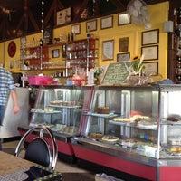 Photo taken at Banoffi by Daniella F. on 6/13/2012