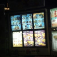 Photo taken at Taco Bell by Philip L. on 8/13/2012