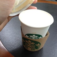Photo taken at Starbucks Coffee 渋谷セルリアンタワー店 by Takahiro O. on 5/2/2012