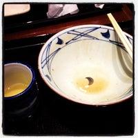 Photo taken at Marugame Seimen by Takeshi Y. on 5/9/2012