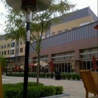 Foto scattata a Global Village Post Office da Syaza amalina M. il 7/26/2012