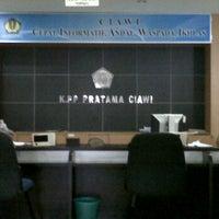 Photo taken at Kantor Pelayanan Pajak Pratama Ciawi by Yogi Y. on 4/13/2012