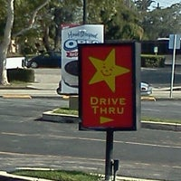 Photo taken at Carl's Jr. by Viciously M. on 5/18/2012