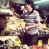 6/26/2012にTony C.がHong Kong Supermarket 香港超級市場で撮った写真