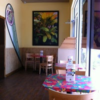 Photo taken at Tropical Smoothie Café by Alex C. on 6/9/2012