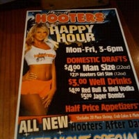 Photo taken at Hooters of Anaheim by Jackie B. on 11/14/2011