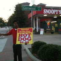 Photo taken at Snoopy's Hot Dogs & More by Gabriel B. on 11/2/2011