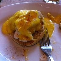 Снимок сделан в Green Eggs Cafe пользователем John F. 3/28/2012