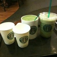 Photo taken at Starbucks by Manne Chen® on 2/24/2011