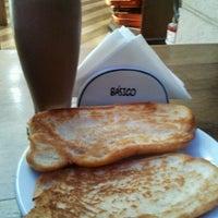 Photo taken at Basico Bar e Restaurante by Carla M. on 3/12/2012