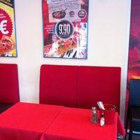 Photo taken at Pizza Hut by Pauliina M. on 7/10/2012
