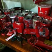 Photo taken at Coca Cola House by ♭Ξ ℳ♭Ξ Ƙ ™. on 9/1/2011