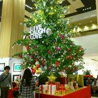Photo taken at Tamagawa Takashimaya Shopping Center by ゆうまるす on 11/23/2011