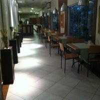 Photo taken at BEST WESTERN Tarobá Hotel e Eventos by Adriano A. on 9/23/2011