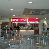 Photo taken at Spoleto Culinária Italiana by Wei M. on 1/29/2012