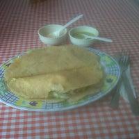 Photo taken at Las Quekas Del Jarocho by David M. on 1/9/2012