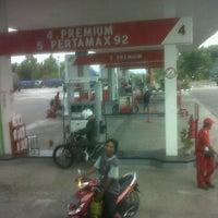 Photo taken at SPBU Pertamina by fajar h. on 7/19/2012
