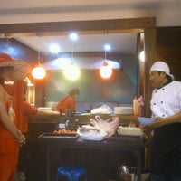Foto diambil di ร้านอาหารเยาวราช oleh หมาใหญ่ ห. pada 12/15/2011