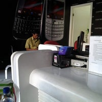 Photo taken at BlackBerry Service Point| Comtech | Klampis SBY by Mela R. on 9/6/2012