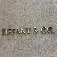 Foto scattata a Tiffany & Co. da Joseph K. il 6/30/2012
