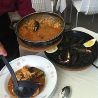 Photo taken at Restaurante El Rincon De Pepe by Brujita O. on 5/19/2012