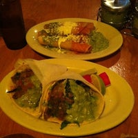 7/25/2012 tarihinde Samziyaretçi tarafından Tacos Nuevo Mexico'de çekilen fotoğraf
