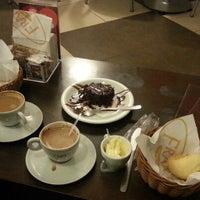 Foto tirada no(a) Fran's Café por Matheus M. em 7/9/2012