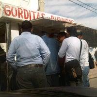 Photo taken at Gordas El Gordo Richard Y Neto by Bego B. on 2/27/2012