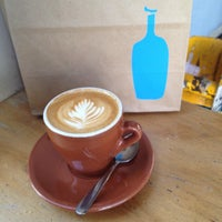 Photo taken at Blue Bottle Coffee by Guf G. on 5/9/2012