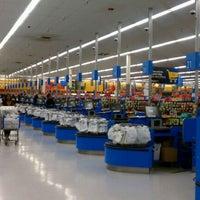9/17/2011にLisa M.がWalmart Supercenterで撮った写真