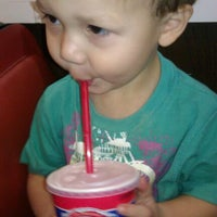 Photo taken at Dairy Queen by Tiare S. on 1/14/2012