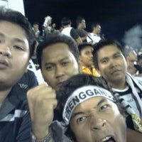 Photo taken at Stadium Sultan Ismail Nasiruddin Shah by Hukhairum H. on 10/10/2011