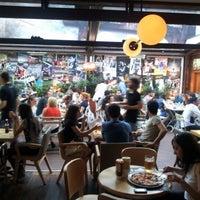 6/29/2012 tarihinde Samet K.ziyaretçi tarafından Thales Bistro'de çekilen fotoğraf