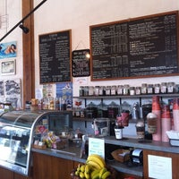 Photo taken at Tanner's Coffee Co by Hoyon J. on 5/31/2012