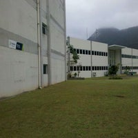 Photo taken at Centro Universitário Módulo - Campus Martim de Sá by Janaína C. on 9/22/2011