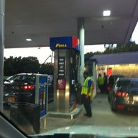 Photo taken at Mobil Northbound by Albert S. on 8/7/2012
