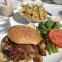 Photo taken at Barney's Gourmet Hamburgers by Stephanie on 8/17/2012