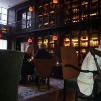 Снимок сделан в The NoMad Hotel пользователем joanne w. 9/13/2012
