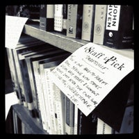 8/20/2011にAbbey M.がTattered Cover Bookstoreで撮った写真