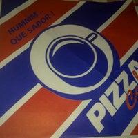 Foto tirada no(a) Pizza café por carlos m. em 1/4/2012