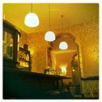 9/26/2011にLenara V.がCafé Maingoldで撮った写真