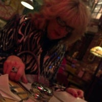 Photo taken at Uno Pizzeria & Grill by Robbie C. on 2/8/2012