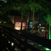 Photo taken at Sushideck By Gereka by Victor V. on 12/15/2011