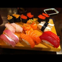 Photo taken at Hideki Sushi Bar e Restaurante by Bruno F. on 3/26/2012