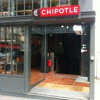 Photo prise au Chipotle Mexican Grill par Stephen A. le5/16/2012